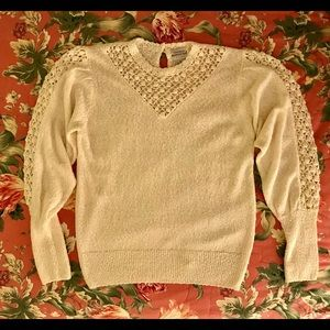 Sweaters - Vintage Med Sweet Chic Ivory 80s sweater